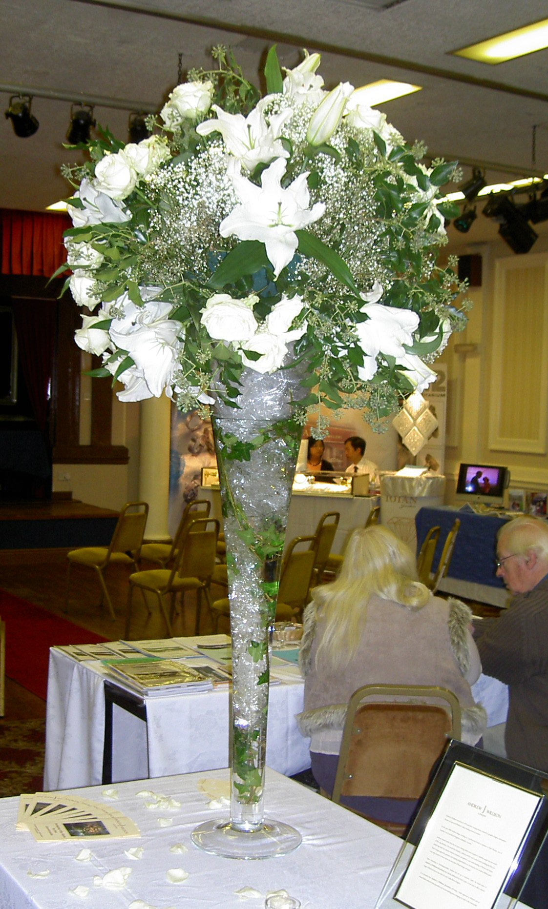 Tall_Table_Decoration_for_Wedding_Reception_Venue.jpg